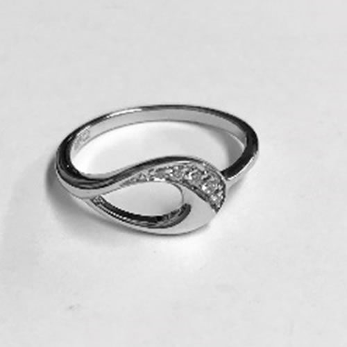 Beautiful delicate silver Ring with Cubic Zirconia clear stones
