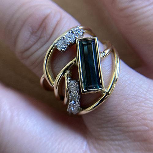 Yellow gold tourmaline ring