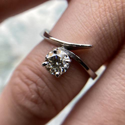 White gold handmade diamond ring