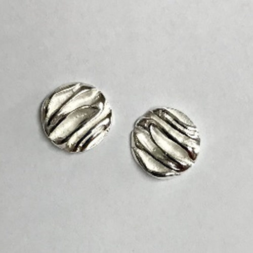 10mm circular stud earrings with high polish and satin finish ruched design
