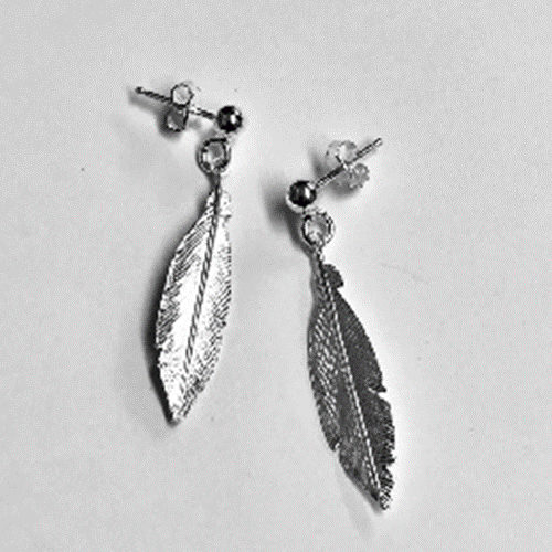 Beautiful Silver 35mm drop earrings in a feather design
