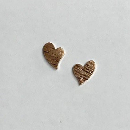 9ct rose gold heart shape stud earrings with a scratched finish