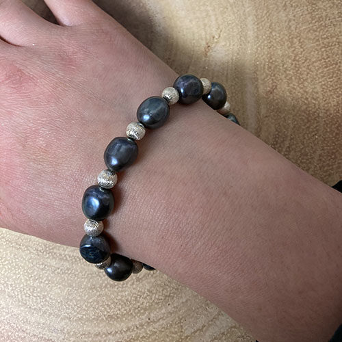 Sterling silver bracelet with blue freshwater pearl