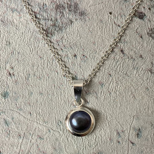 Sterling silver and black freshwater pearl pendant