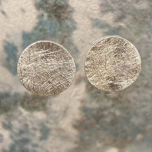 Scratched finish round disc silver stud earrings