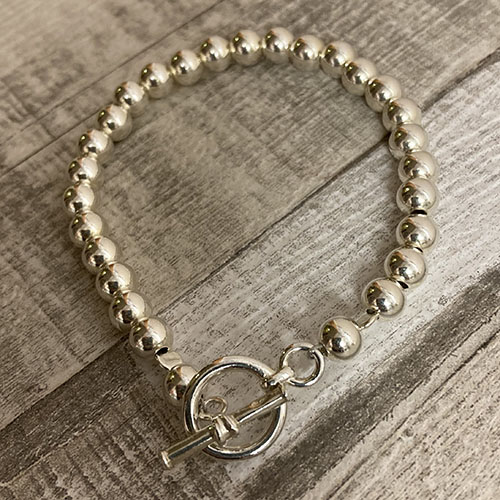 Sterling silver bead bracelet with chunky T-bar