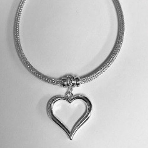Sterling silver mesh style bracelet with open heart charm