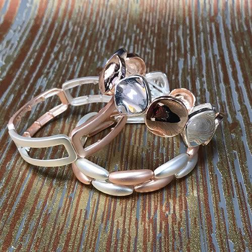 Bracelets / Bangles