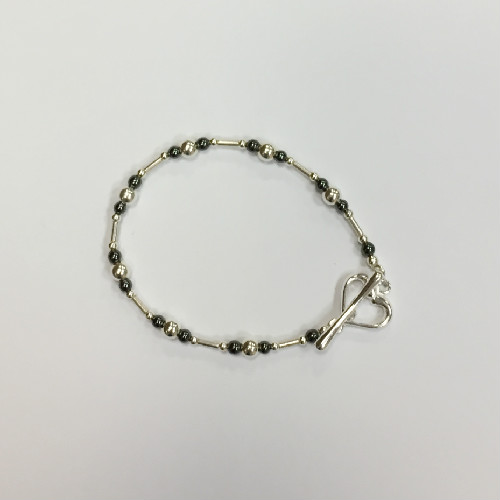 Silver and Haematite Bracelet with open heart T-bat