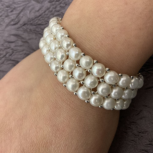 Sterling silver and Pearl stretch bracelet