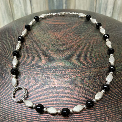Sterling silver and agate necklace