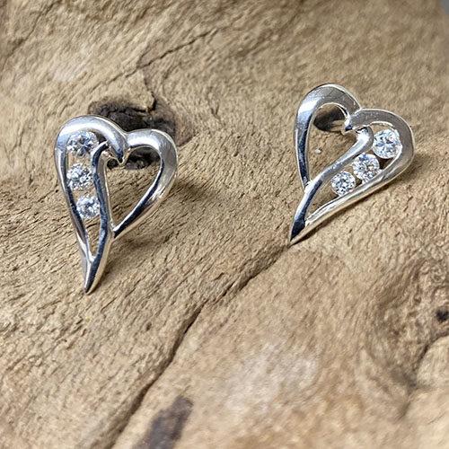 Open heart shape stud earrings