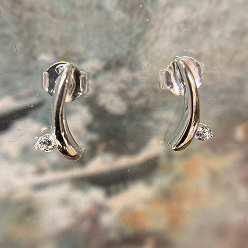 Sterling silver curve stud earrings