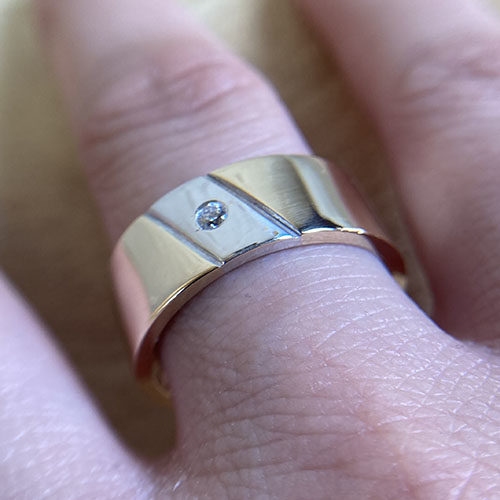 Gents yellow and white gold band