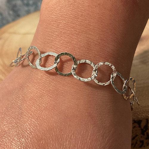 Sterling silver open hammered link bracelet